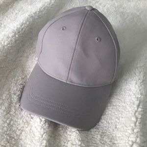 Lululemon baller hat lilac purple / grey